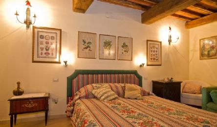 Villa storica in vendita vicino a Lucca: Vista esterna