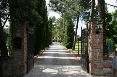 Relais Tuscany Luxury: Outside view