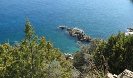 Villa fronte mare con accesso privato al mare: Vista esterna