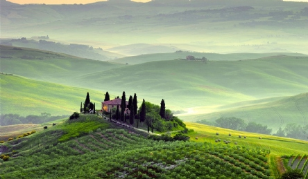 Tuscan farmhouse near San Gimignano: Outside view