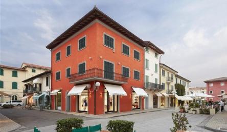 Incantevole villa dal gusto classico: Vista esterna