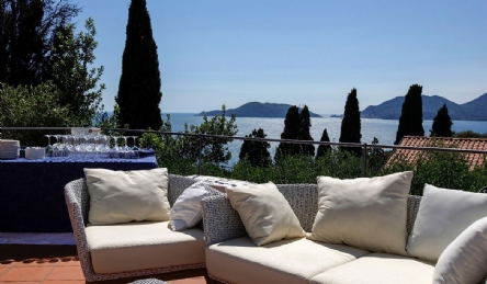 Panoramic Villa in Lerici: Outside view
