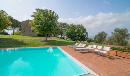 Farmhouse for sale near Pisa