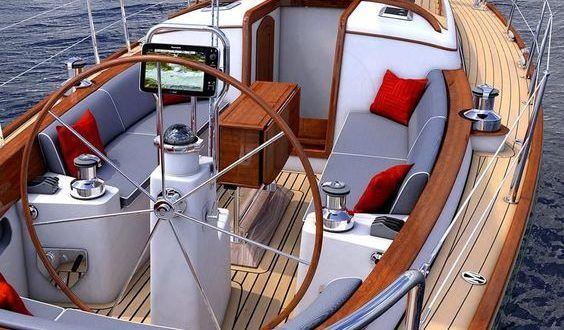 September boat trip in Forte dei Marmi
