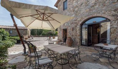 Chianti villa for sale near Florence: Double room