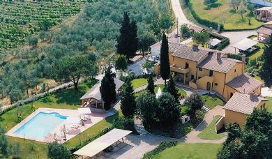 Magnificent historic villa for sale in Chianti near Florence