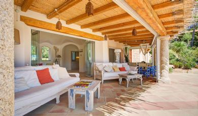 Villa with access to the sea for sale on the sea: Double room