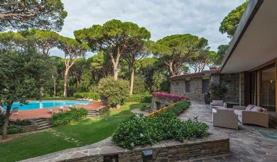 Wonderful luxury villa for sale in Castiglione della Pescaia with pool and park: Bathroom