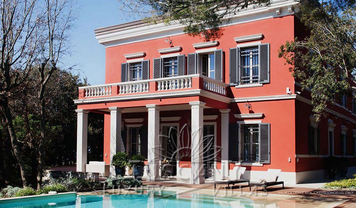 Historic villa for sale in Castiglioncello with pool park and depandance: Outside view