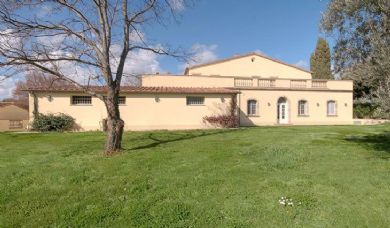 Elegant villa with dependance pool and garden for sale in Cecina: Plan