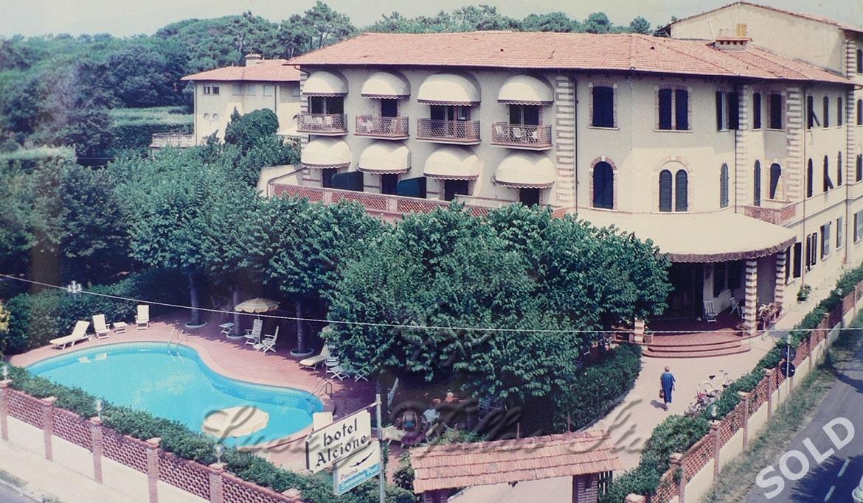 Исторический отель 4 звезды Alcione: Наружный вид
