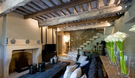 красивая вилла в провансальском стиле: Наружный вид