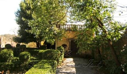 Villa Portici: Outside view