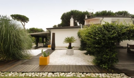 Villa Davidson: Outside view