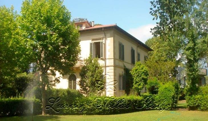 Villa Storica: Outside view