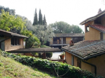 Cascinale: Outside view