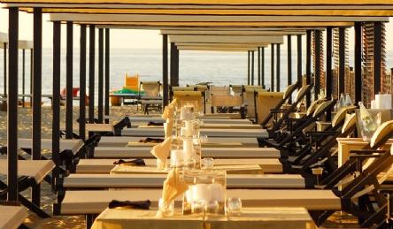 Stabilimento balneare - con ristorante: Vista esterna