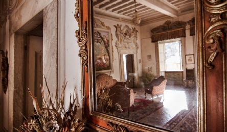 Luxury historic villa near Pisa: Outside view