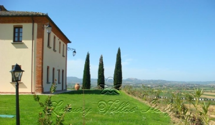 Two historic panoramic villas: Outside view