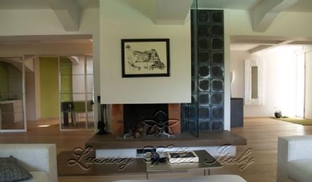 панорамная современная вилла : Наружный вид
