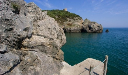 Villa with private access to the sea and private beach: Outside view