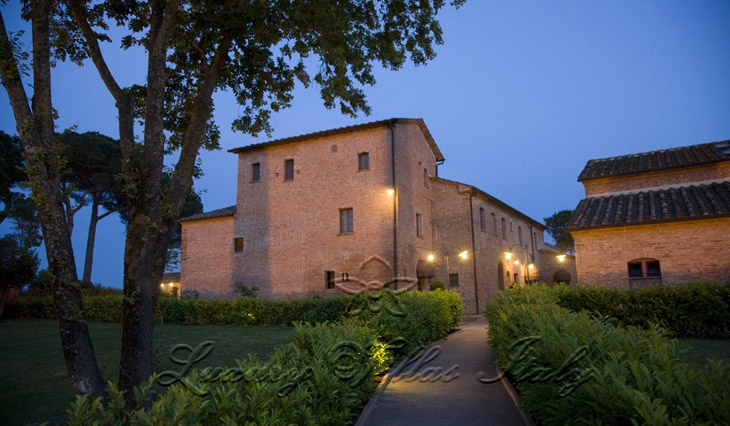 Casale farmhouse in Tuscany: Outside view