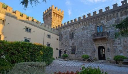 Storico castello: Vista esterna