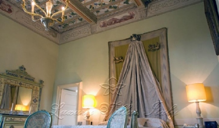 Villa storica in Umbria: Vista esterna