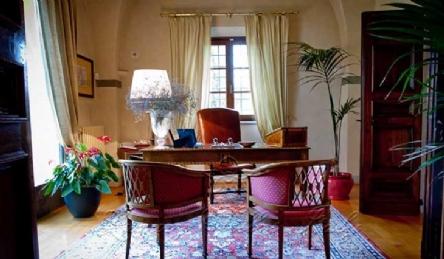 Историческая вилла с виноградником и фермой  Тоскана: Наружный вид