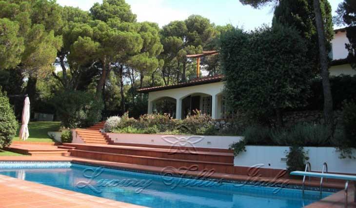 Panoramic villa near Castiglioncello: Outside view