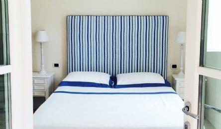 Luxury luxury villa in the VIP area of Forte dei Marmi for sale: Outside view