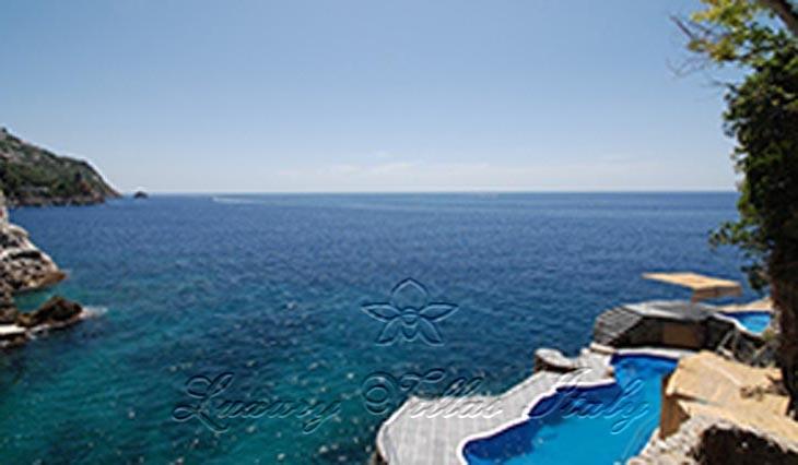 Panoramic villa Amalfi Coast - private beach: Outside view