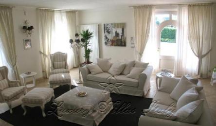Modern villa: Outside view