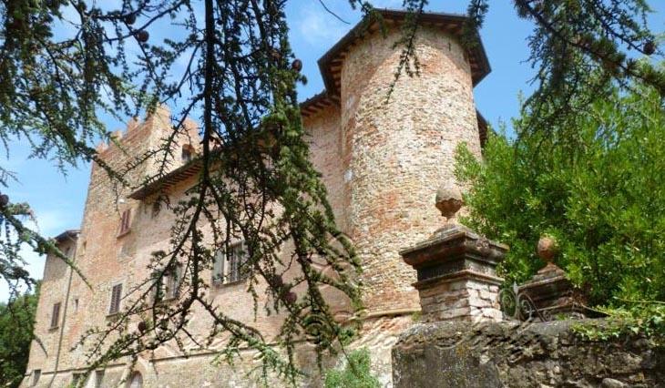 Castello: Vista esterna