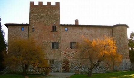 Castle: Outside view