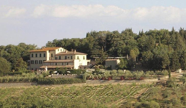 Ферма в Тоскане с виноградниками Кьянти: Наружный вид