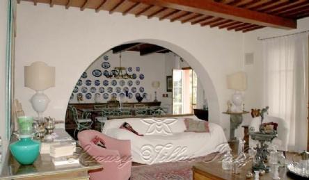 Villa Santa Lucia: Vista esterna