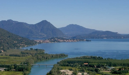 Villa di lusso con vista panoramica sul lago: Vista esterna